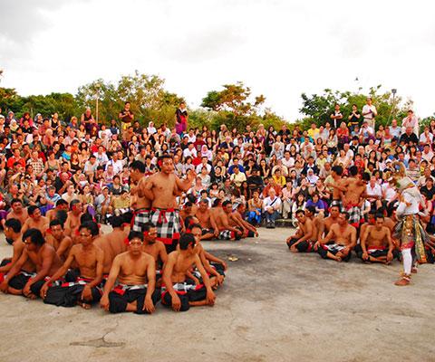 バリ島の伝統を感じることができます