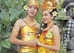 バリ式婚礼衣装